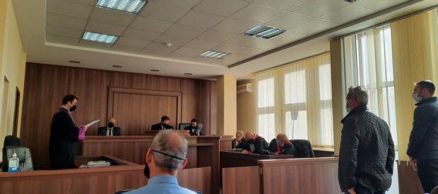 Foto, gjykimi 27 nentor